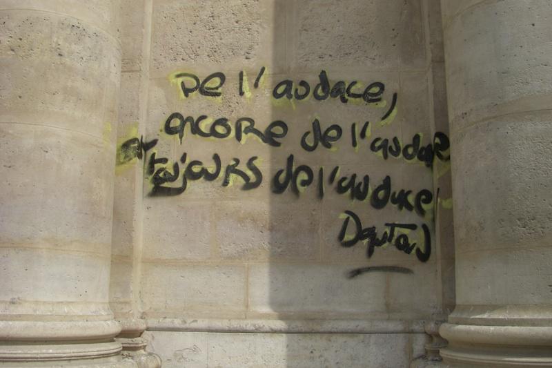 place de la sorbonne-graffiti-2-210509