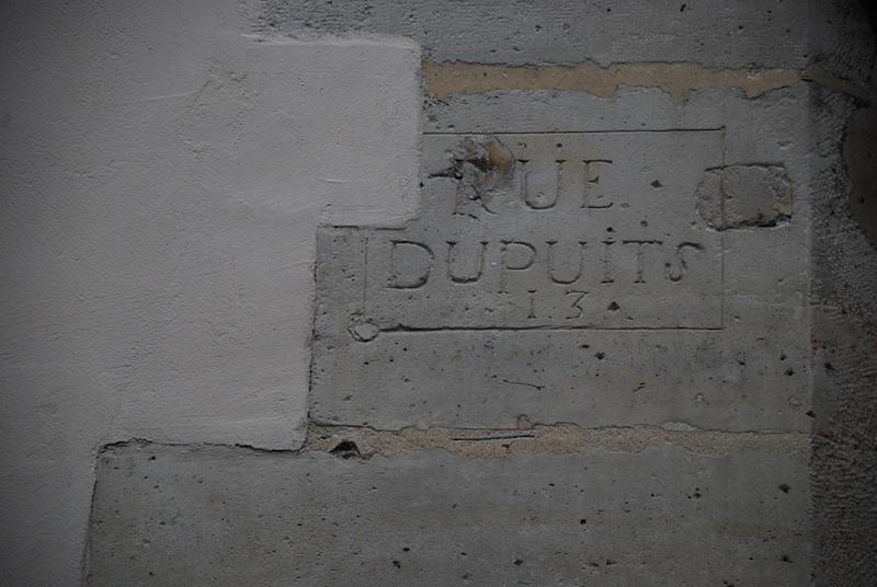rue aubriot-rue des Blancs Manteaux-historical street sign-2-180311