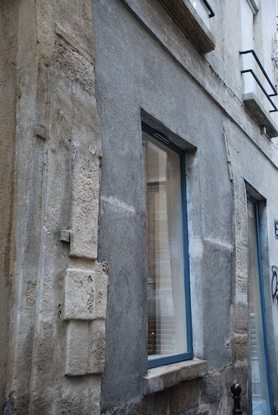 rue aubriot-stone and glass-210211