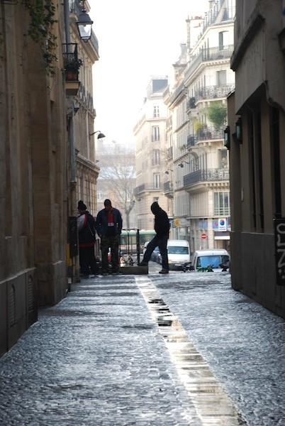 rue saint bon-3 young men-170211