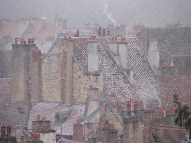 Besancon-roofs-snow-025-311204