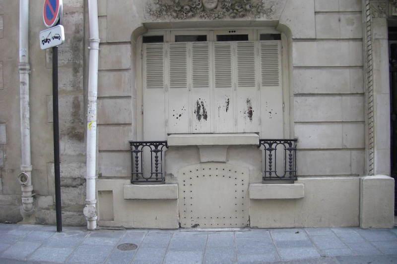rue saint louis en l'ile-door-0118-060509