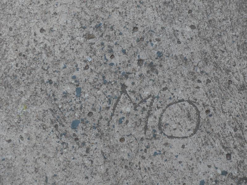 musgrave road-MO graffiti-1000239-resized-240215