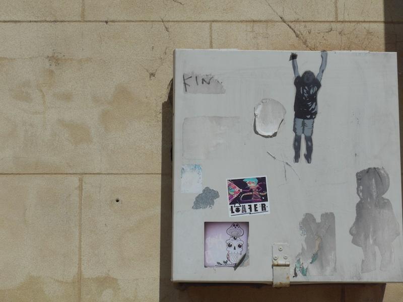 norfolk street-stone and graffiti-P1000317-resized-160315