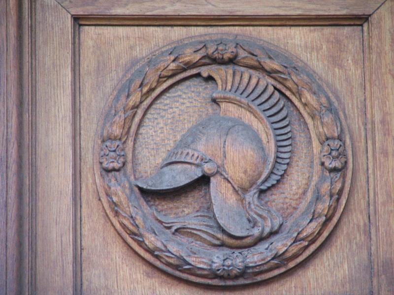 rue de la cite-door panel - roman helmet-00095-resized-190806