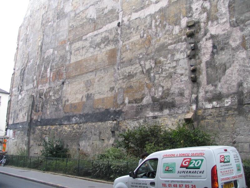 rue de turenne-wall-1-00040-040906