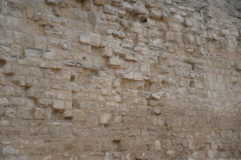 rue des jardins saint paul-stones-wall-0080-resized-271213