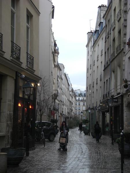 rue des rosiers-street-1808-resized-080211