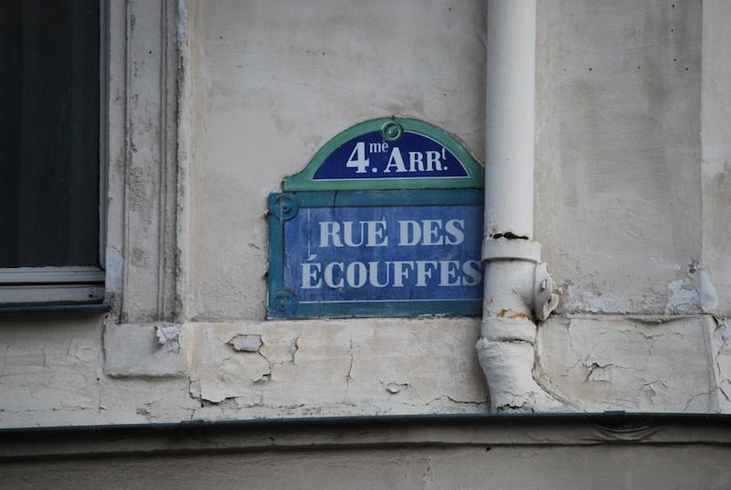 rue des ecouffes-dsc_0178-sign-resized-070208