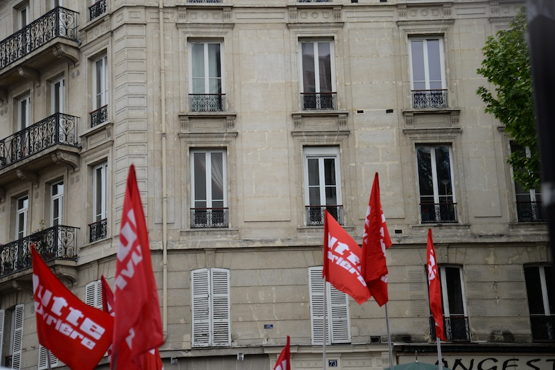 boulevard voltaire-DSC_1060-flags-resized-010515