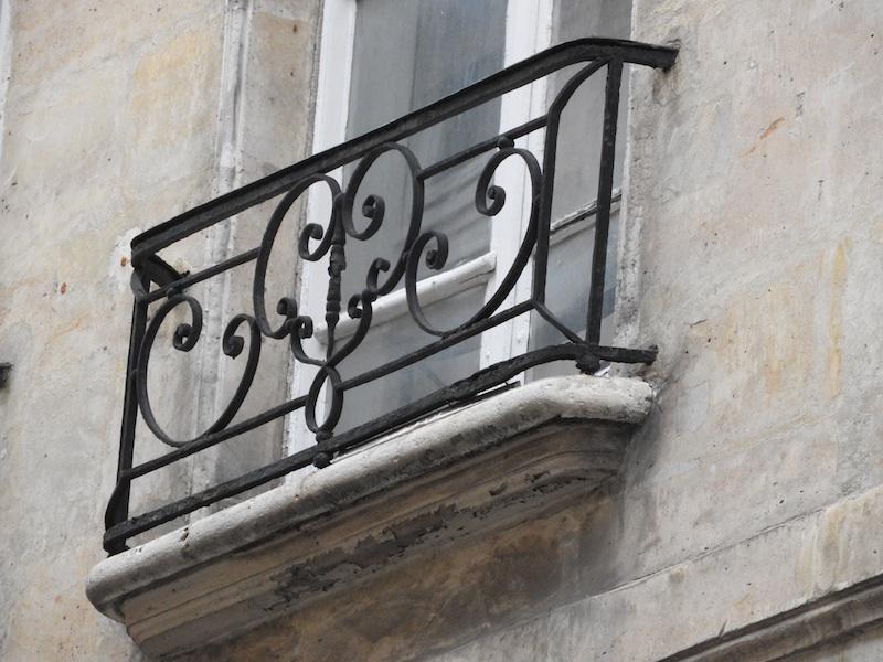 rue des blancs manteaux-DSCN3640-32-grille-resized-190116