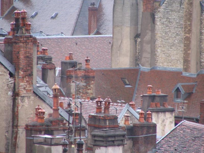 rue renan-036-chimneys-resized-261204
